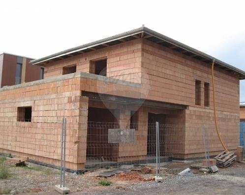 Prodej rozestavěného domu v Praze-Libuši